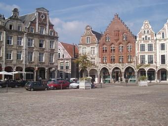 Grand Place 2, Arras